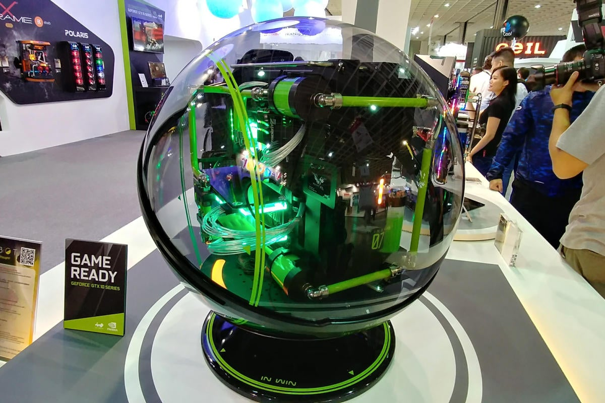 In Win S Winbot Is A Wild Bubble Like Pc Built To Take