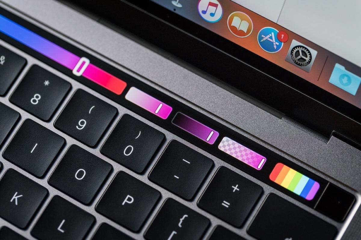 macbook pro late2016 review adam touchbar colors 100693222 orig