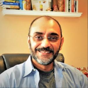 Abhi Dhar, CEO of Packyge