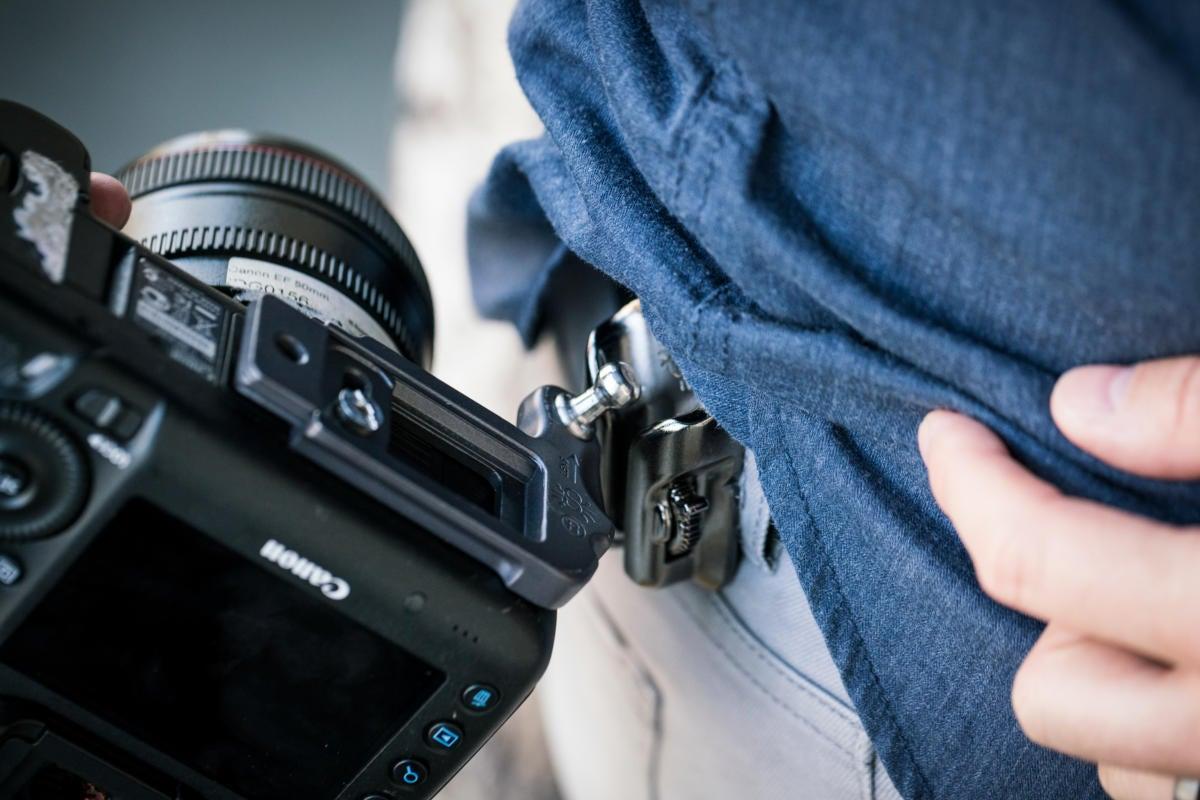 Spider Holster SpiderLight on a Canon 5D Mark III