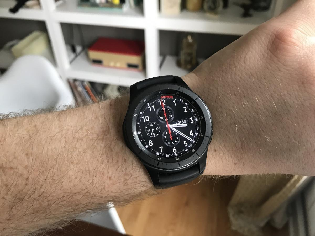 Samsung gear s3 frontier review with iphone