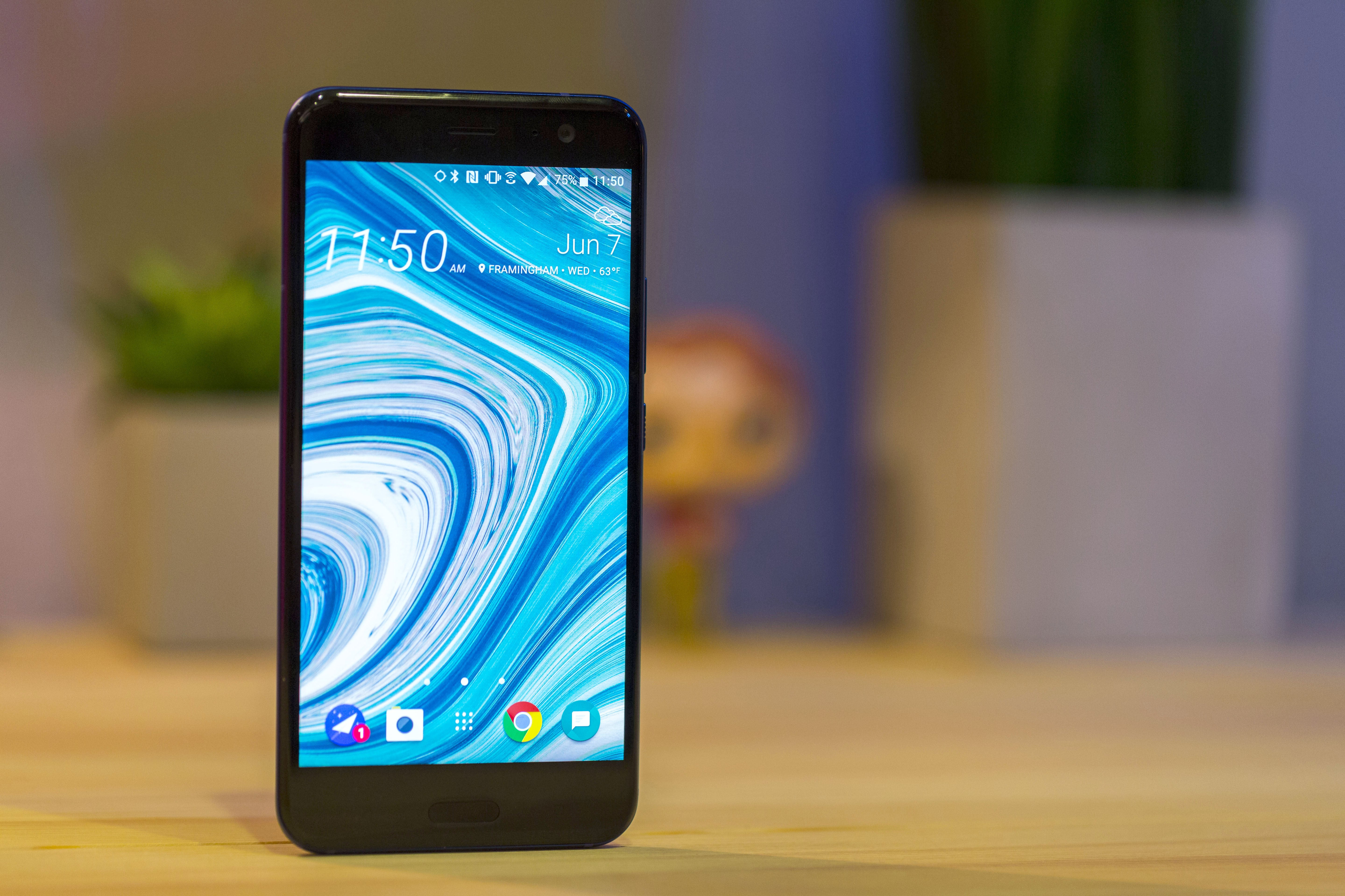 HTC U11 Review A Powerful Android Phone That Knows How To