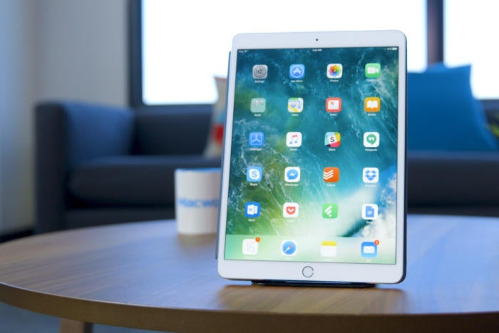 Best Buy has discounted the 10.5-inch iPad Pro (64GB) by $100