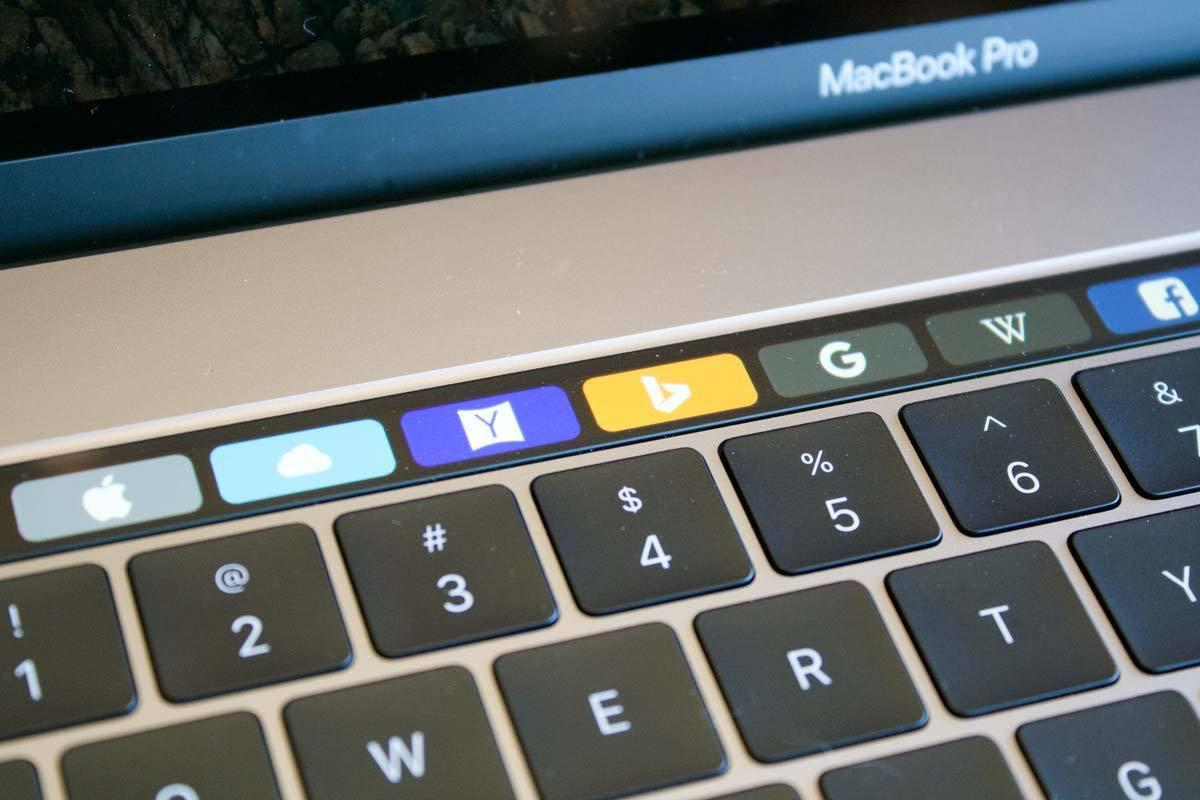 macbook pro 2017 touch bar