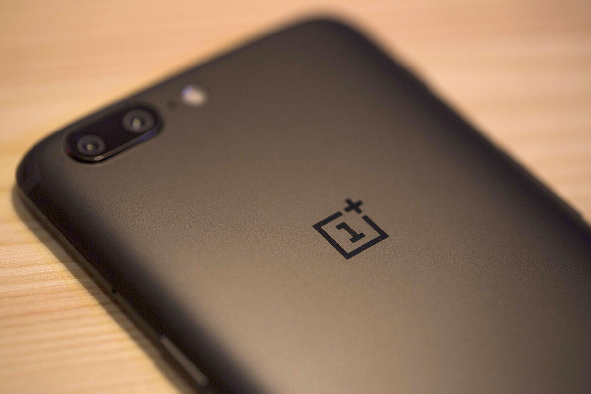 543faaad46 techradar.com Want to see the OnePlus 5T before everyone else  It ll cost  you  40