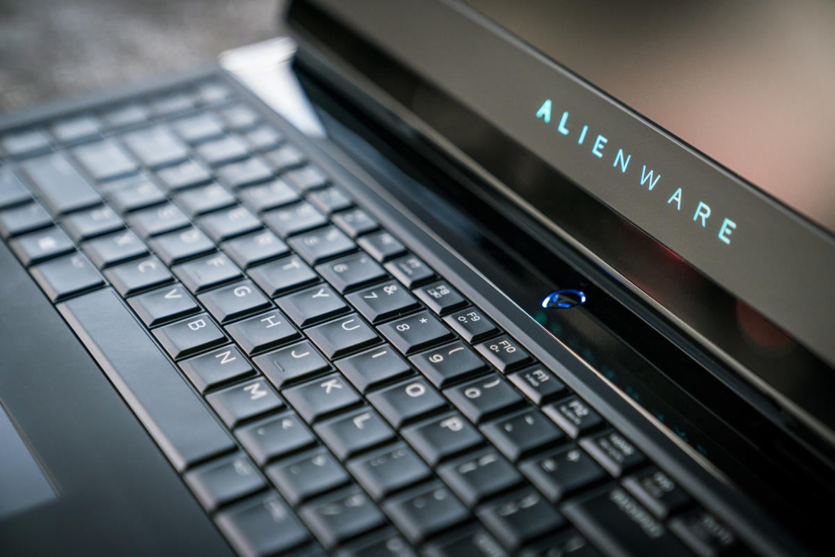 alienware 17 r4 review pcworld. Black Bedroom Furniture Sets. Home Design Ideas