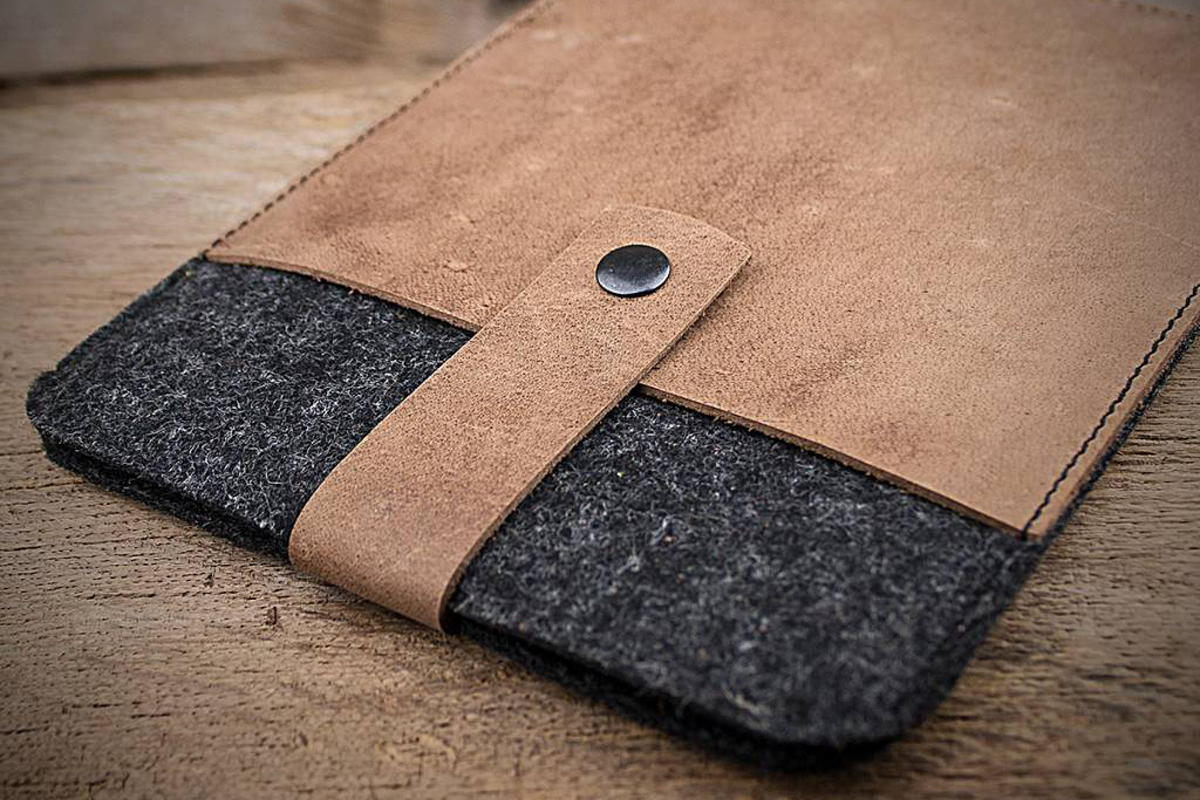 werktat leather felt case