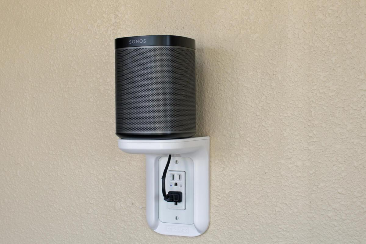Echogear Outlet Shelf Review A Brilliant If Not Always Practical Shelving Idea Techhive