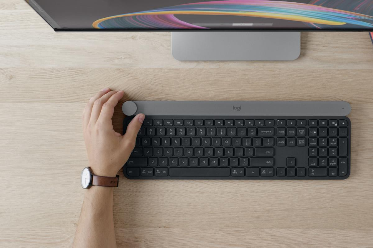 fd4caf79999 Logitech Craft review: This $200 keyboard can do two things its competitors  can't
