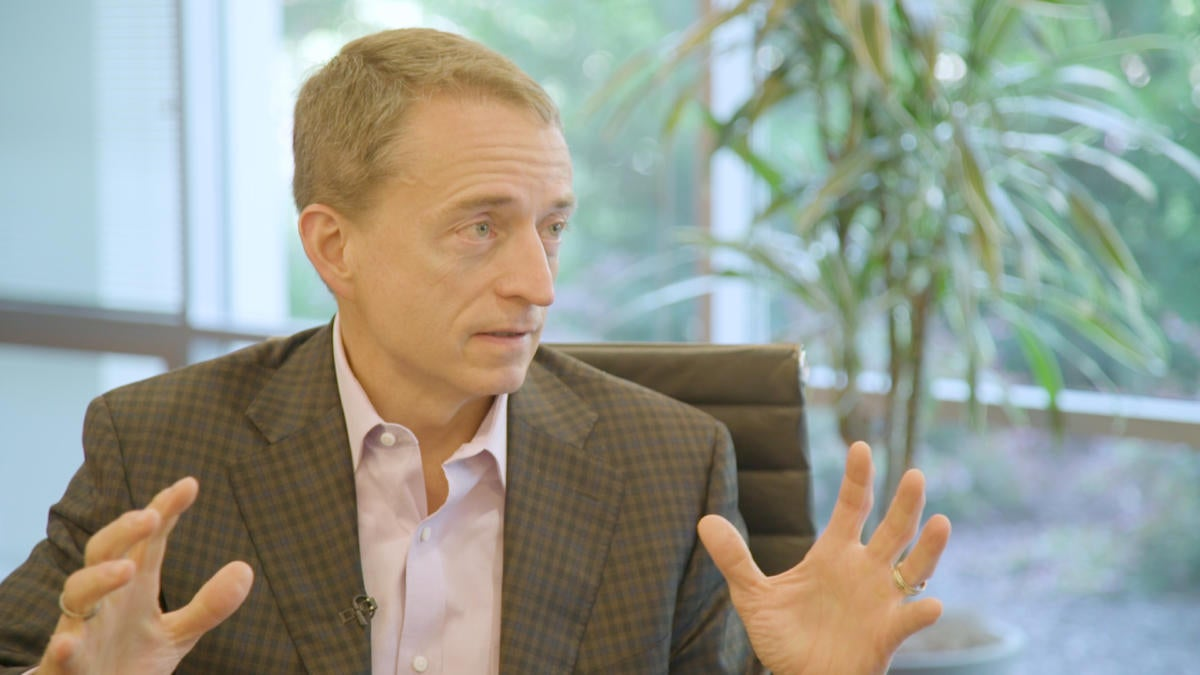 VMware loses CEO Gelsinger to Intel