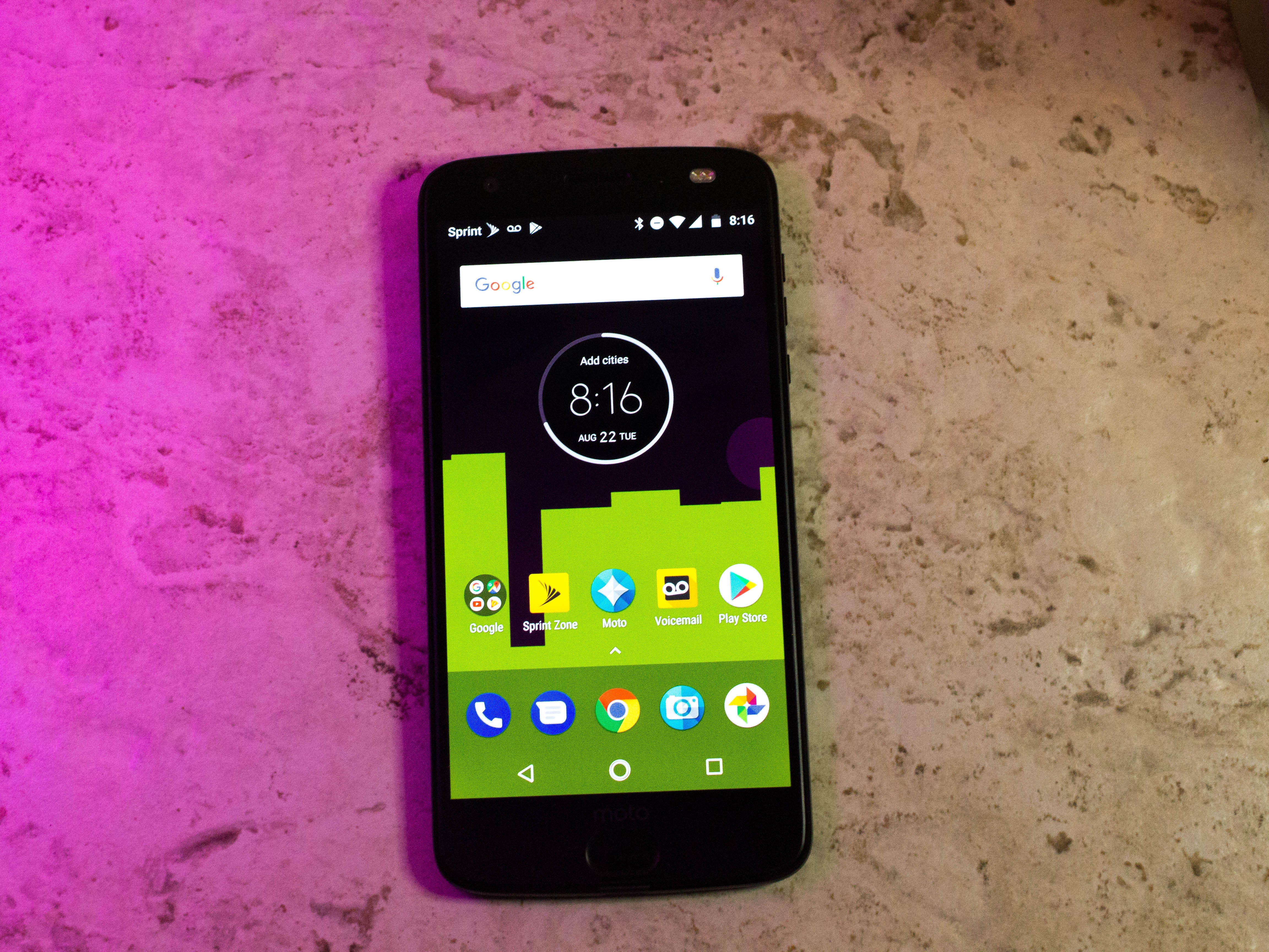 49849feffc Moto Z2 Force review  A modular phone with very few tricks