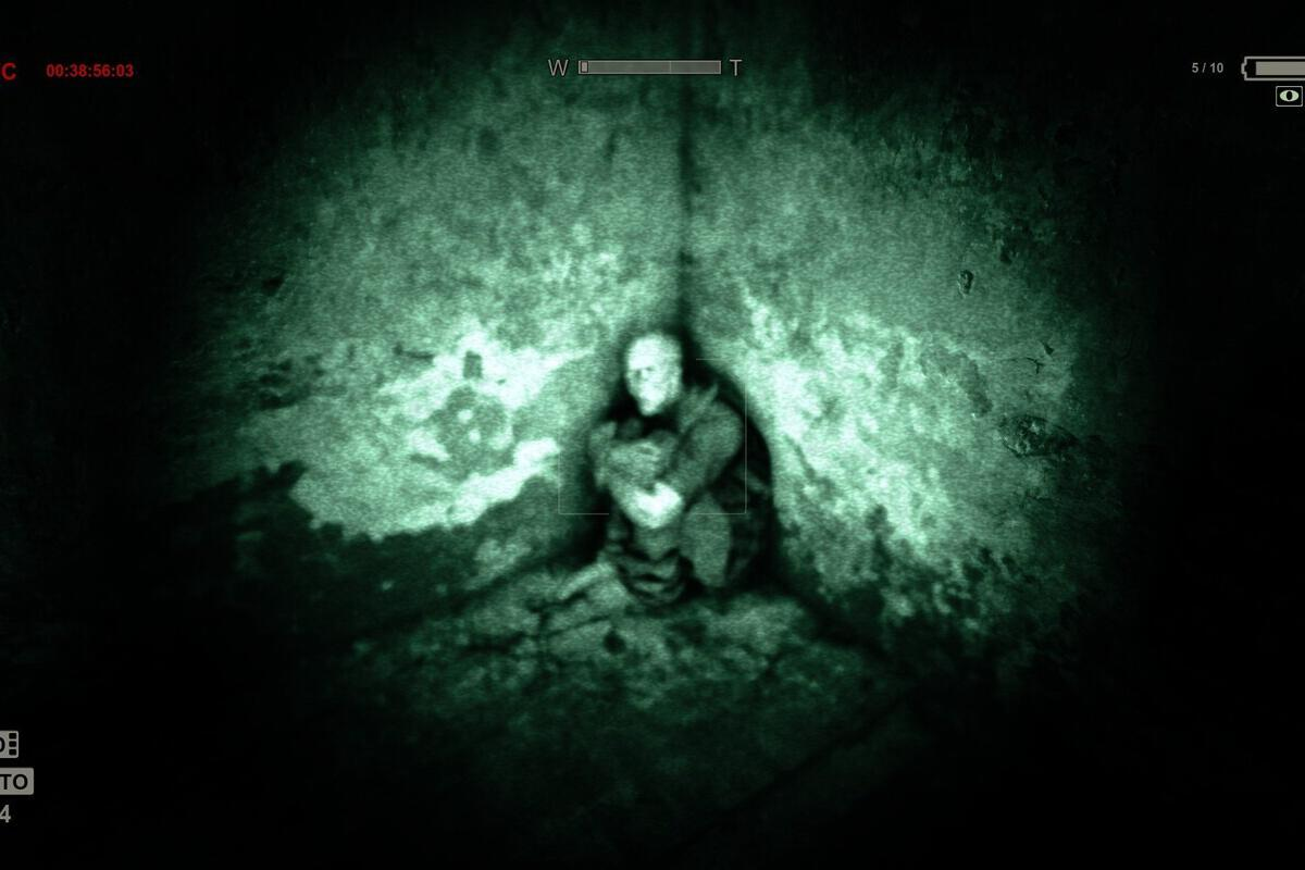 This week in games: Grab Outlast for free, Battleborn ends active development