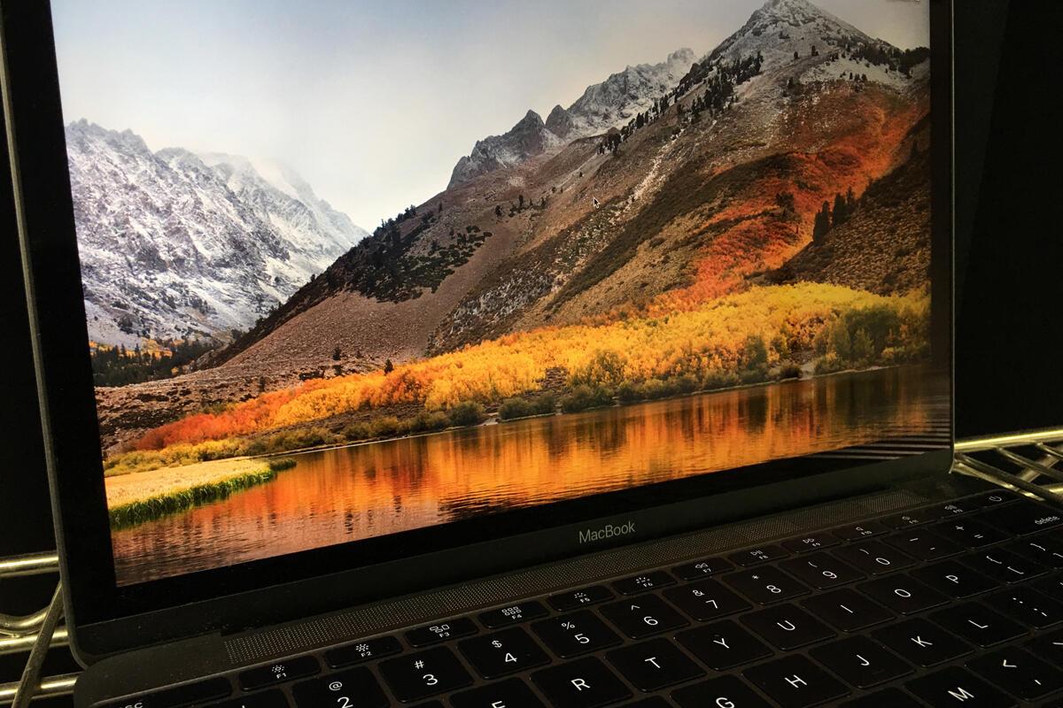 photo image Apple updates macOS High Sierra to version 10.13.6