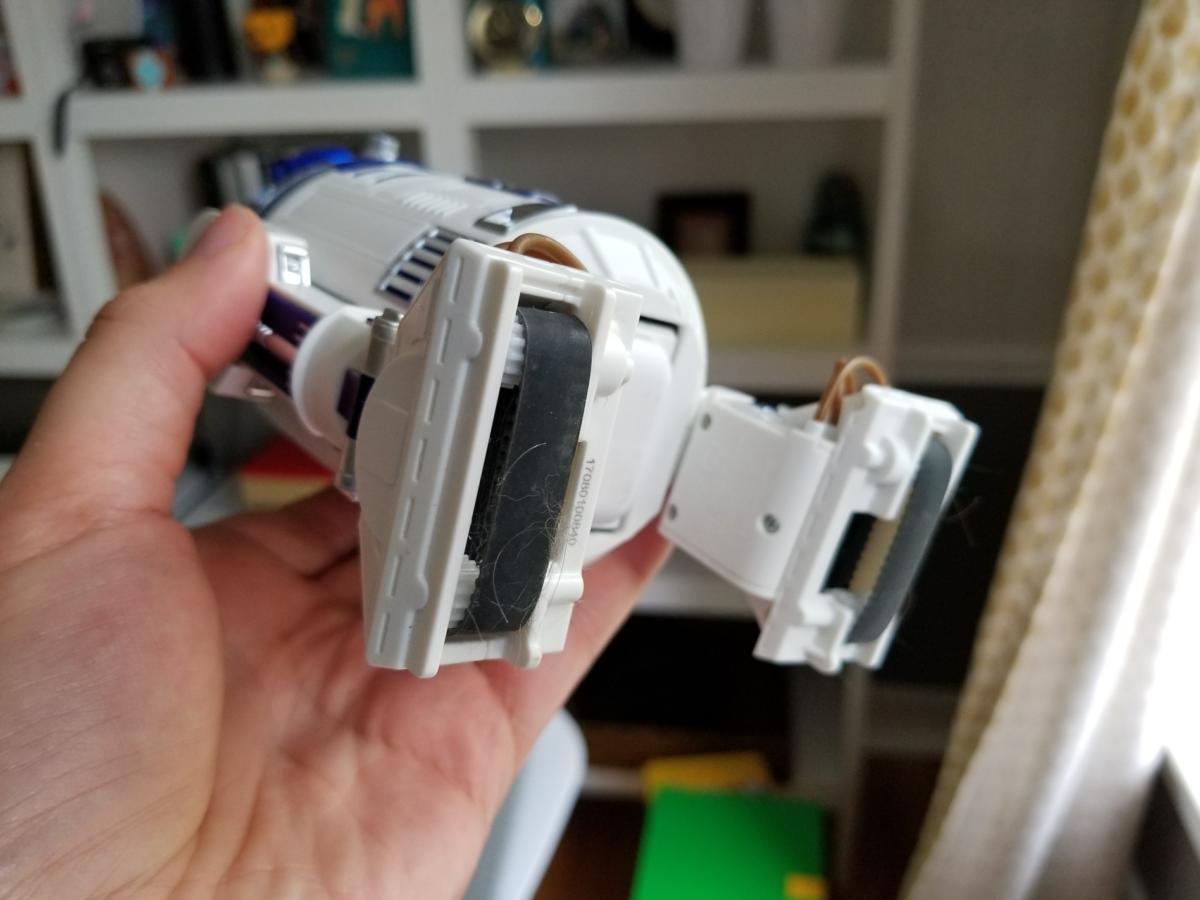 sphero r2d2 bottom