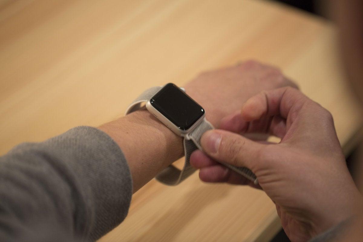apple watch series 3 wear