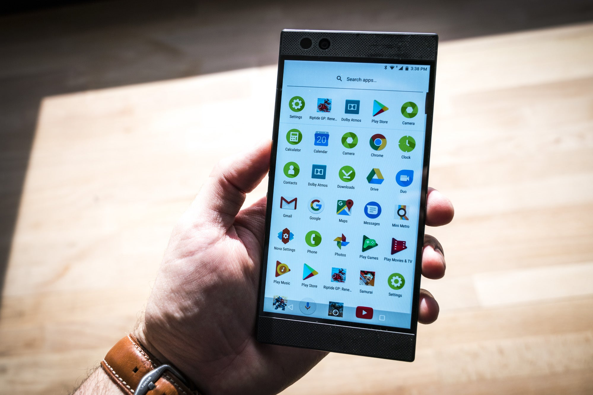 Razer Phone Hands On A Phone For Gamers But Not A Gaming