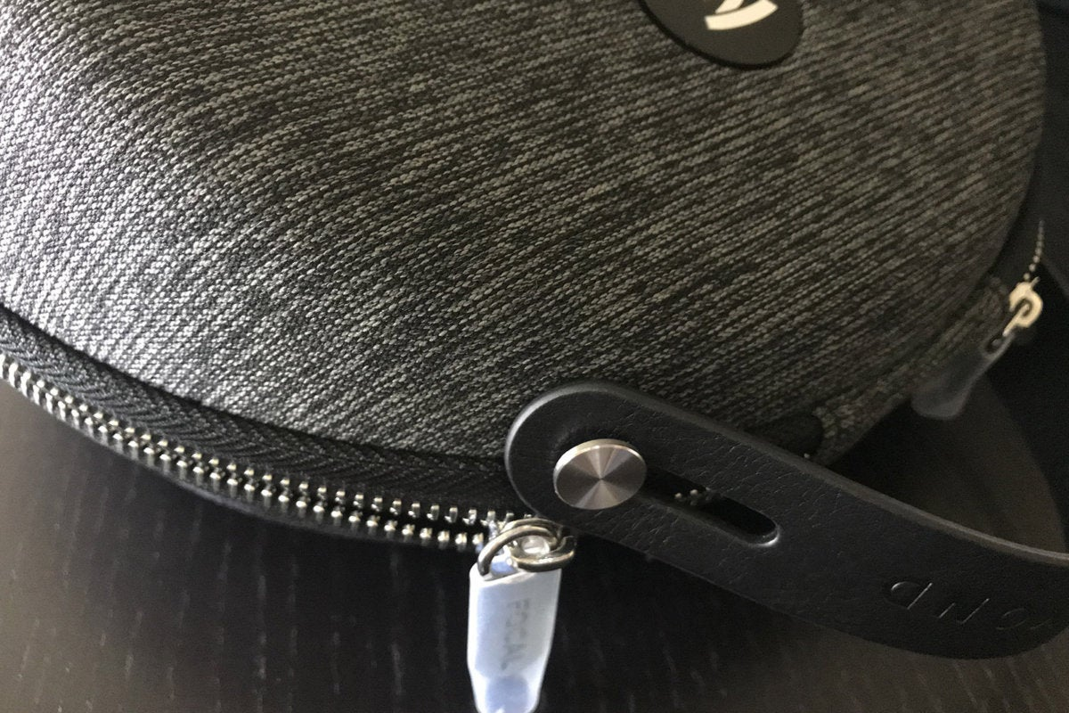 focal clear headphone case detail