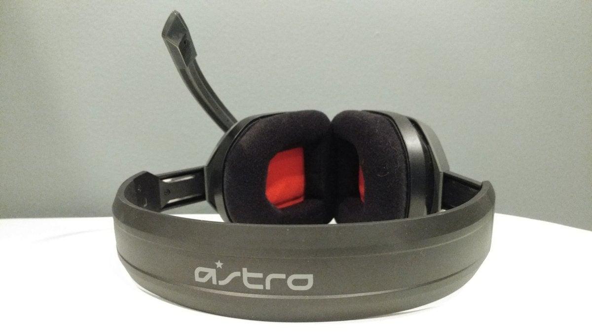 Astro A10