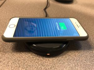 iPhone 8 wireless charging with RavPower