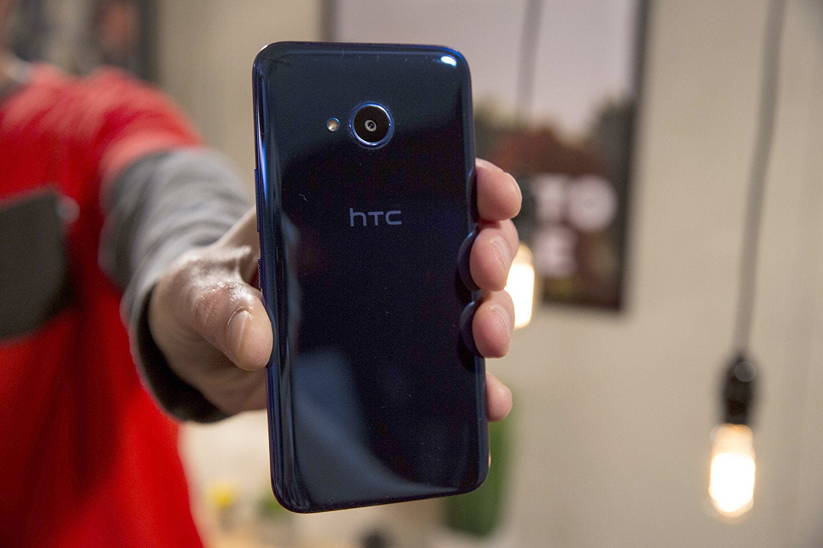 htc u11 life back arm