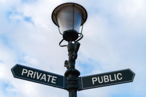 private public hybrid cloud technology sign