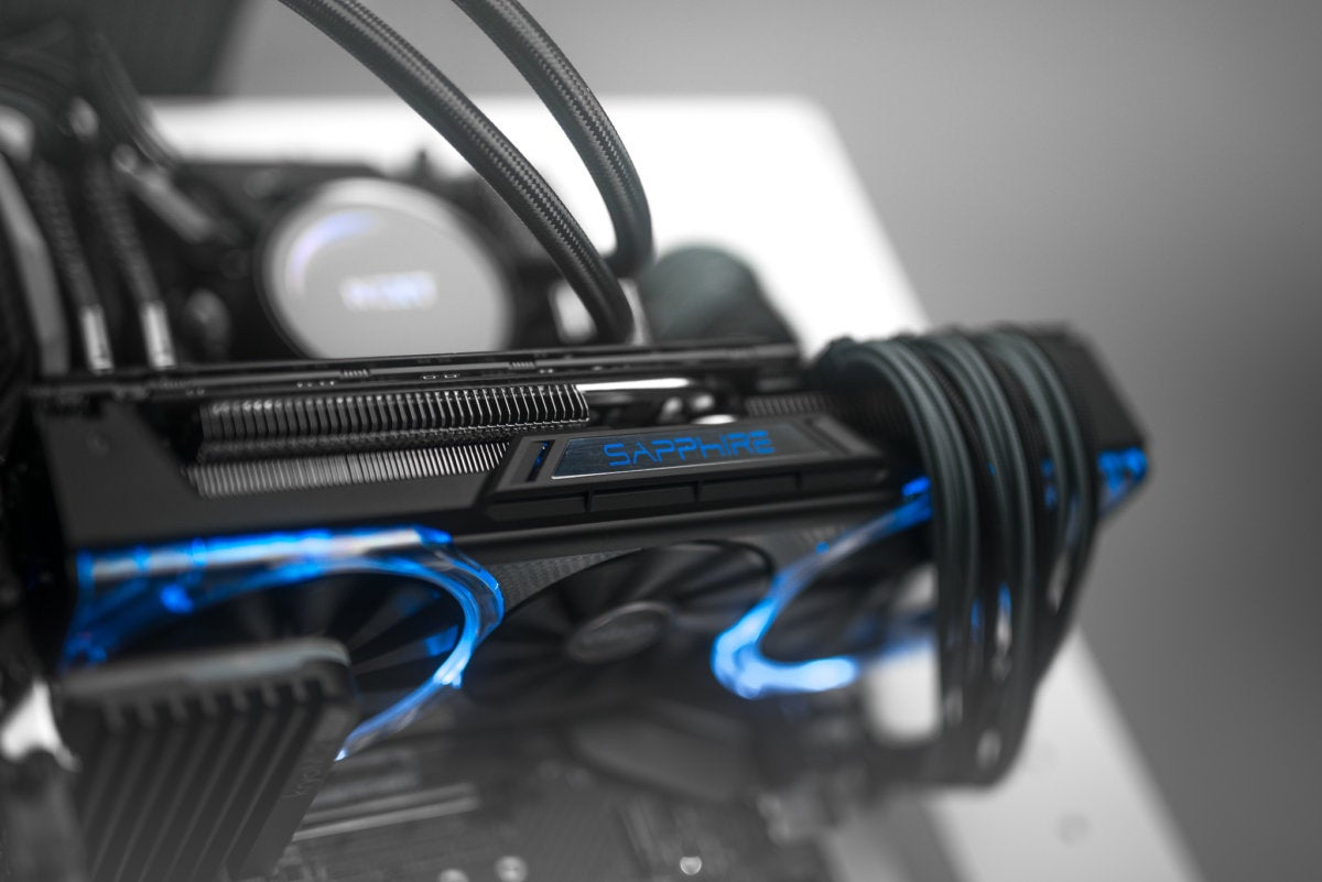 Sapphire Nitro+ Radeon RX 64 Limited Edition Review