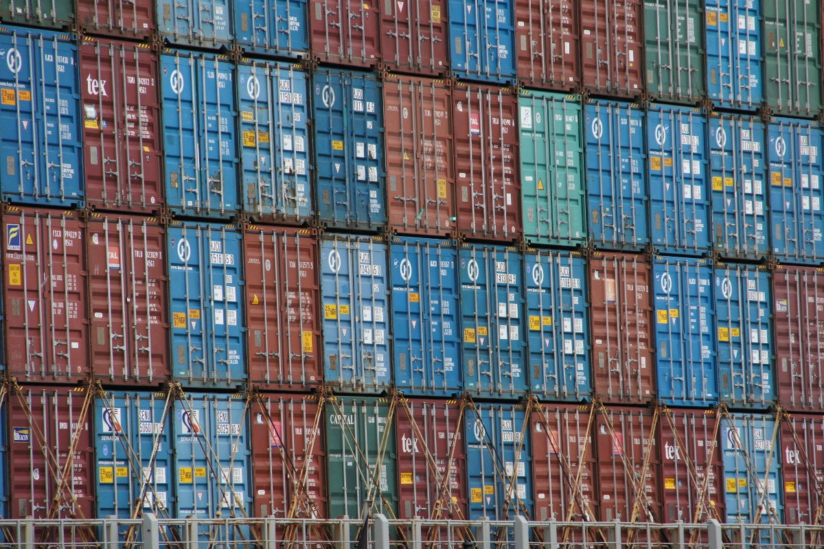 Exploring Linux containers