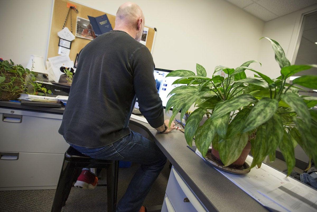 videoconferencia mala posición silla oficina