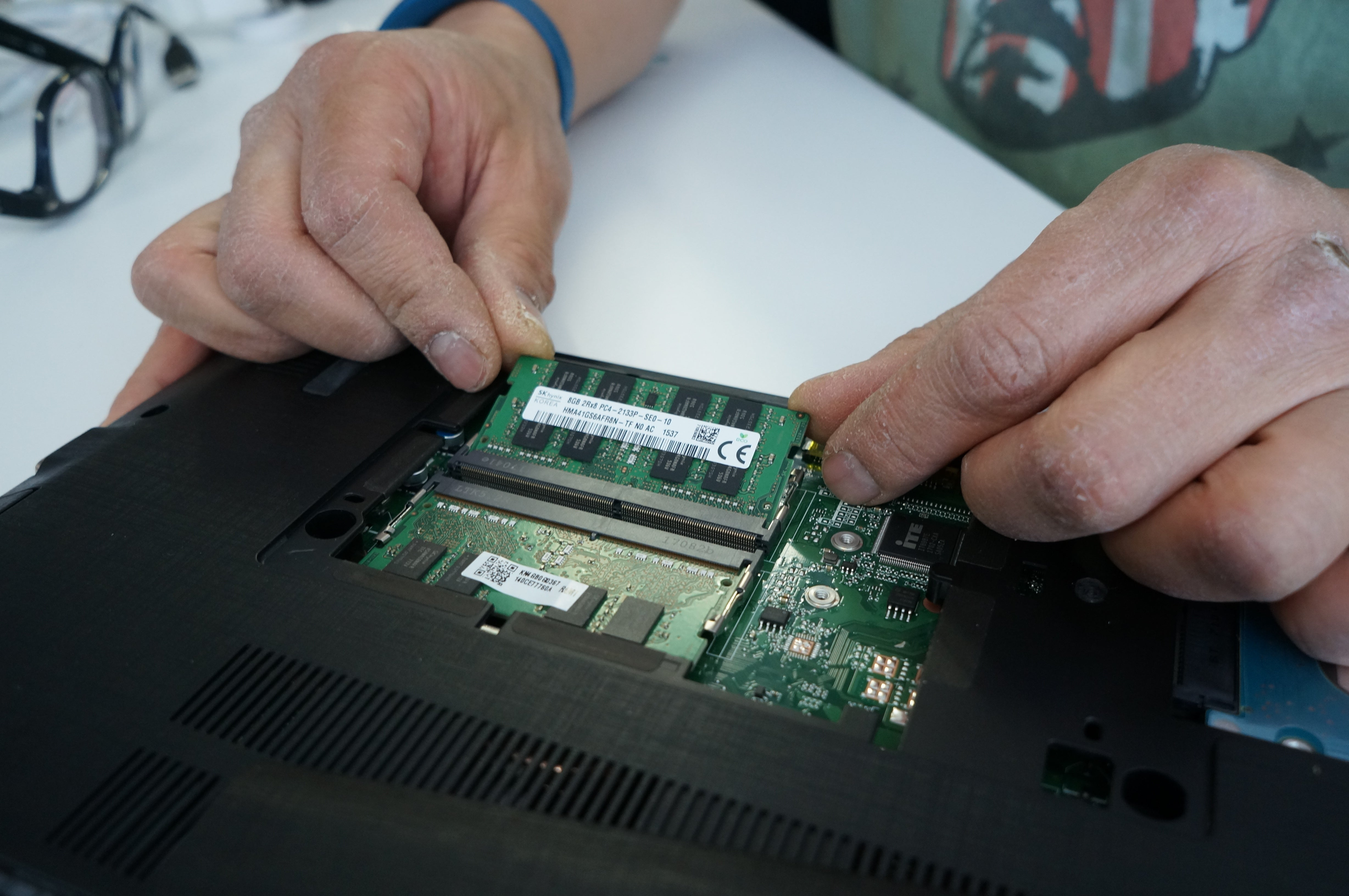 How To Upgrade Your Laptops Ram Pcworld After Inserting Wires The Plug Place Into Proper Slot Acer Aspire E15 At Angle