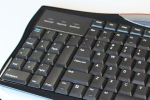 evoluent r3k reduced reach right hand keyboard numeric keypad detail