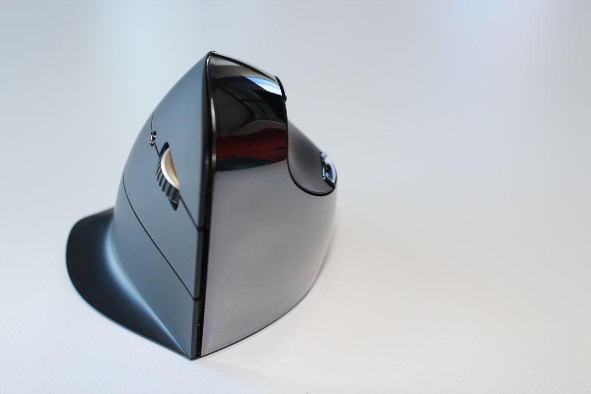 evoluent vertical mouse c right wireless front2