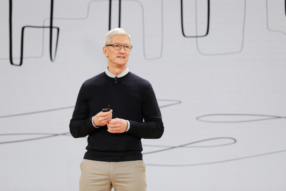 apple chicago wrapup tim cook welcomes keynote audience to lane tech college preparatory high schoo