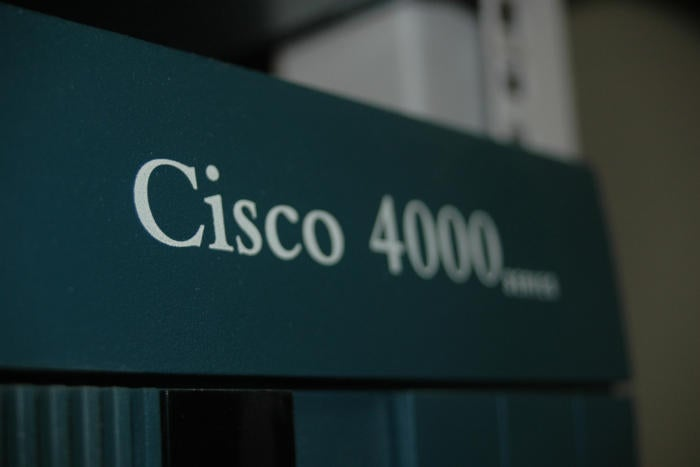 Does the Cisco 4000 router series redefine the role of