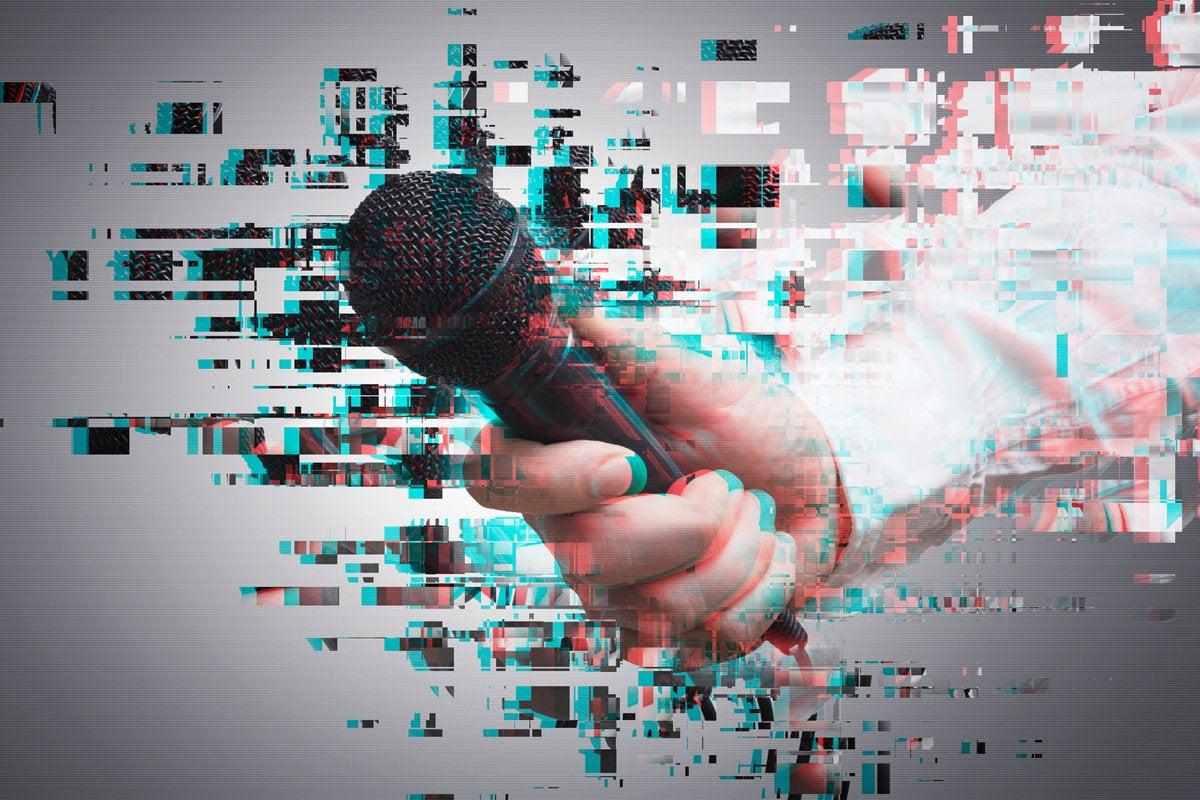 journalist interview microphone writer
