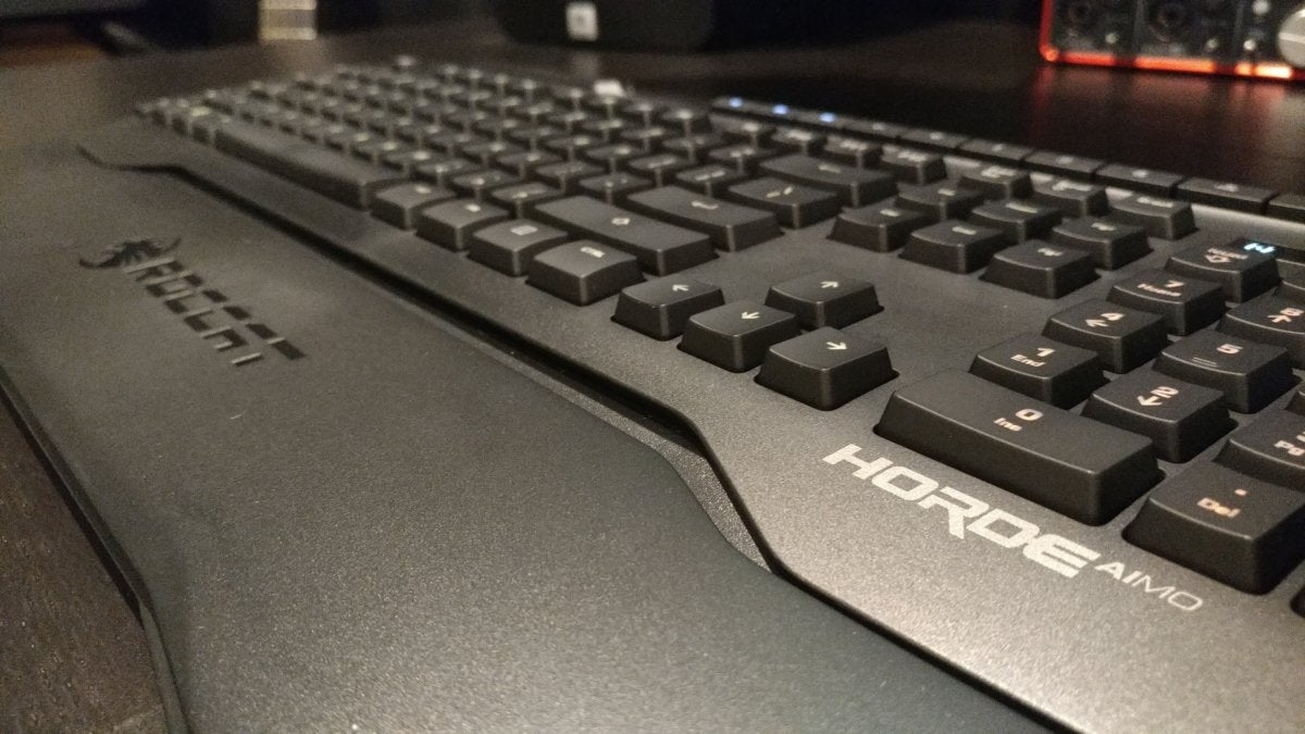 Roccat Horde Aimo review: This 'membranical' gaming keyboard