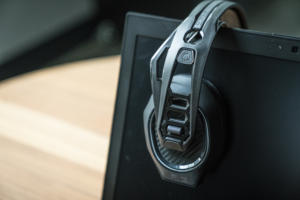 Plantronics RIG 800LX review: A comfy wireless headset with Dolby Atmos and subpar bass