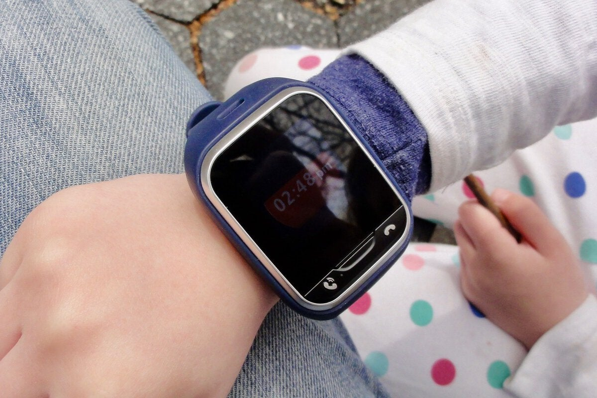 LG GizmoGadget review: This touchscreen GPS watch for kids