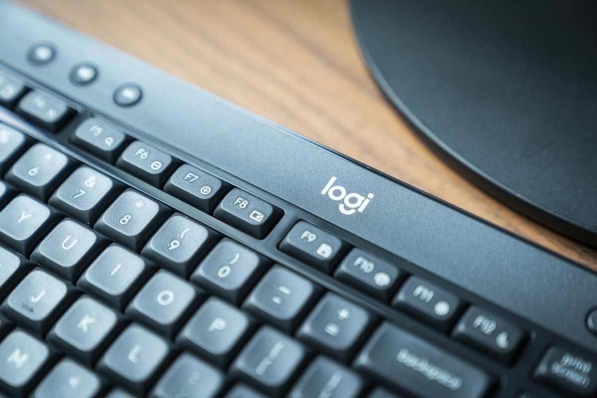 logitech mk540 advanced keyboard detail 2
