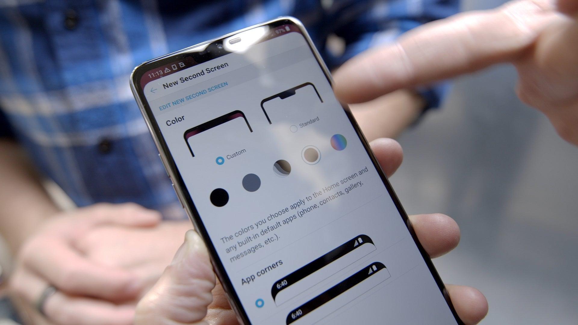 LG G7 ThinQ notch options | Greenbot