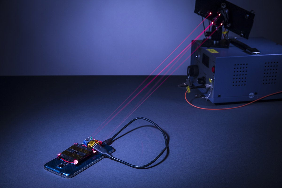 Lasers could power computers wirelessly