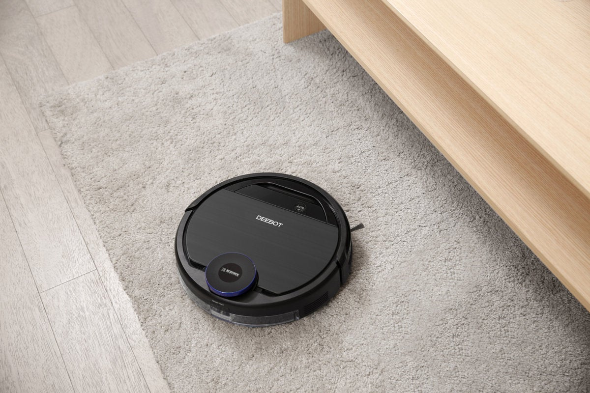 Ecovacs Deebot OZMO 930 review: This robot vacuum can mop, too