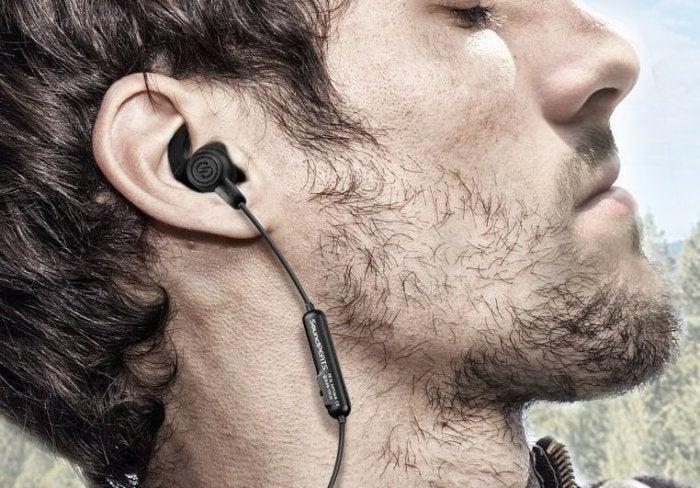 soundpeats ear buds 1