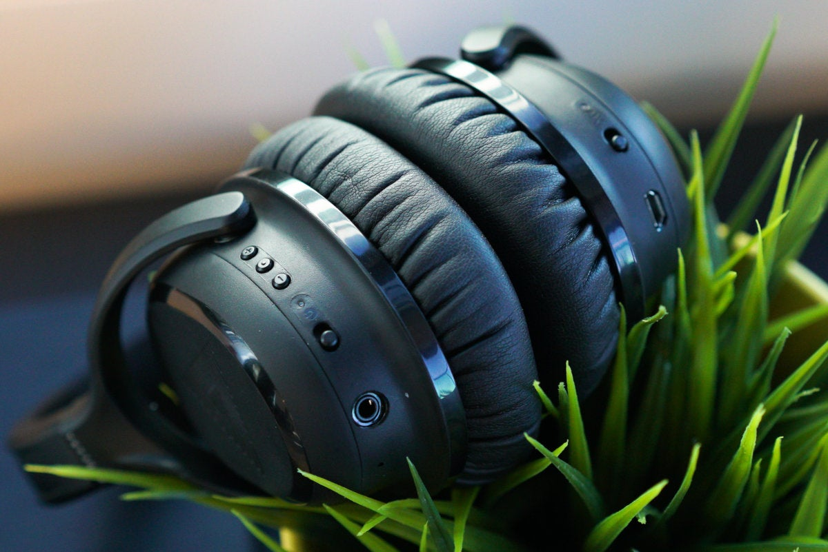 Audeara A-01 headphones