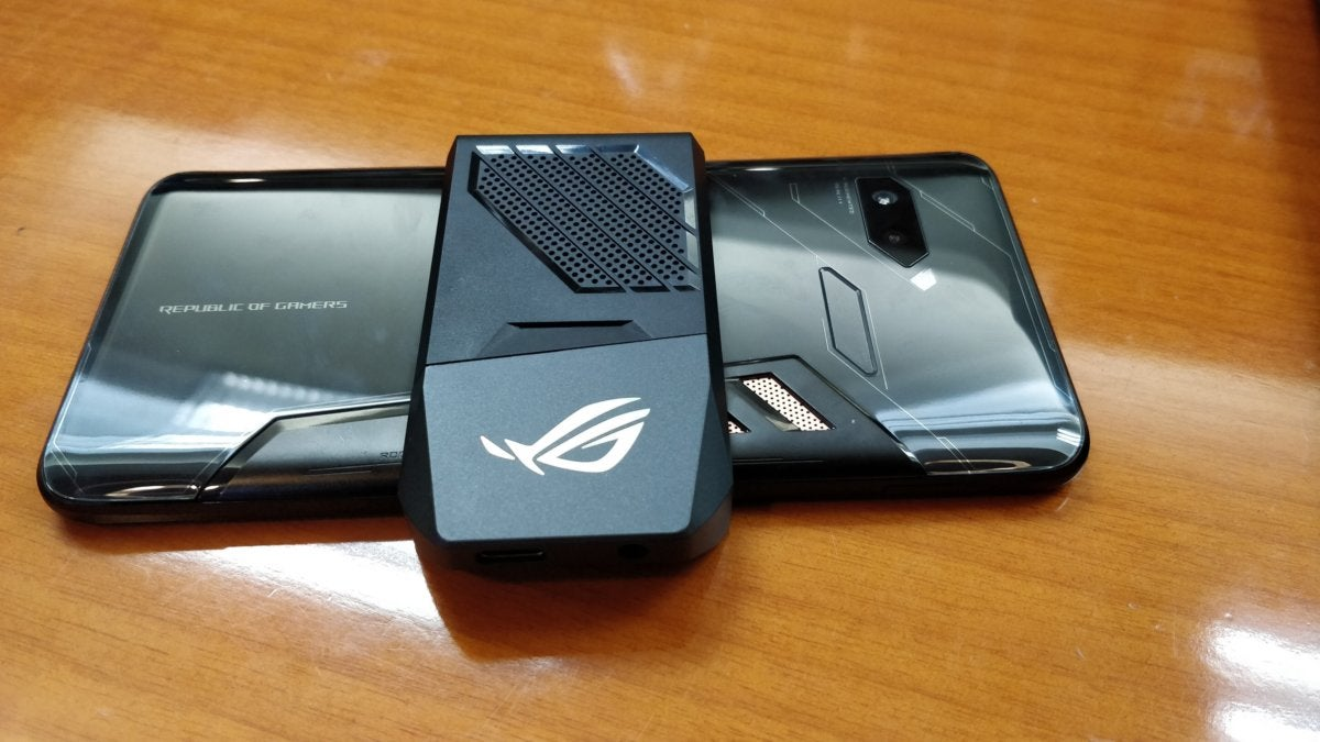 The Asus Rog Phone Brings Binned Cpus And Ultrasonic Shoulder
