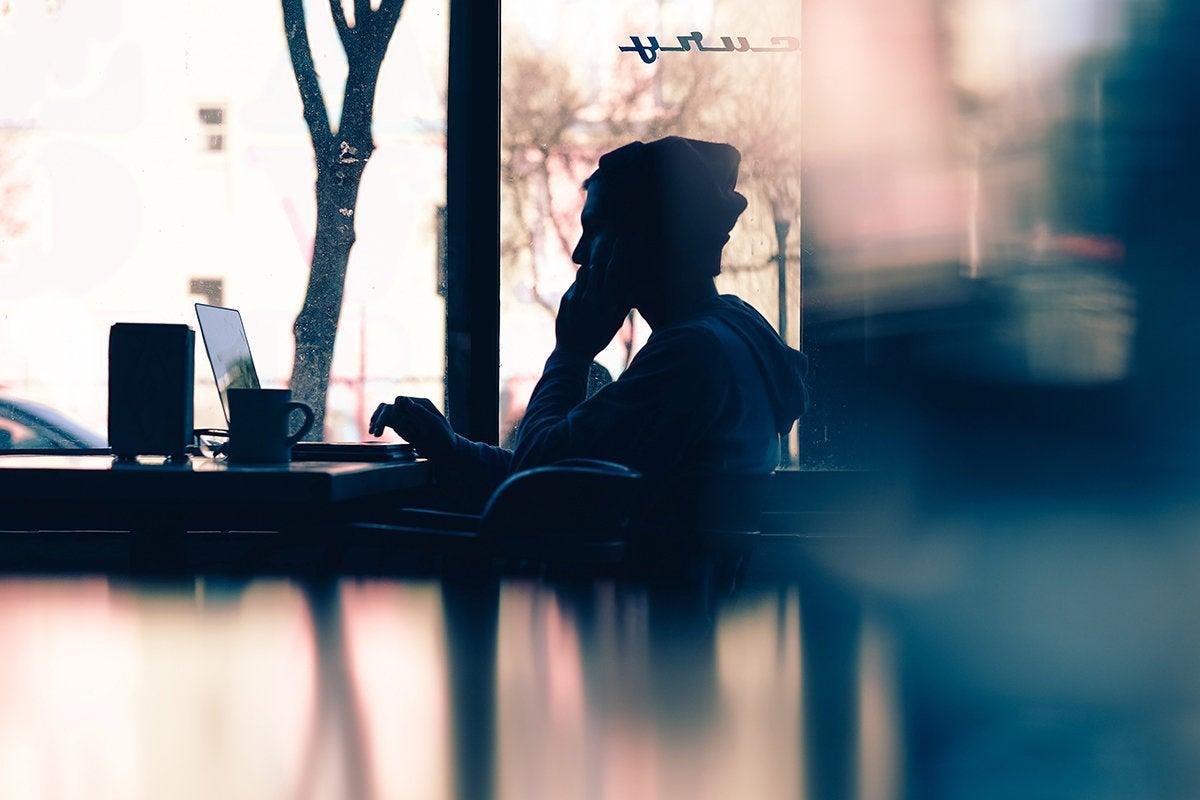 side hustle - digital nomad - laptop - cafe/diner/coffee shop