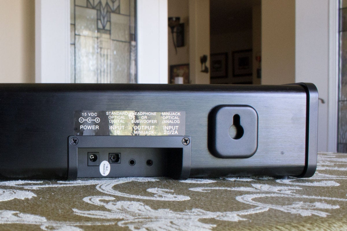 ZVOX AccuVoice AV200 TV Speaker review: This compact soundbar