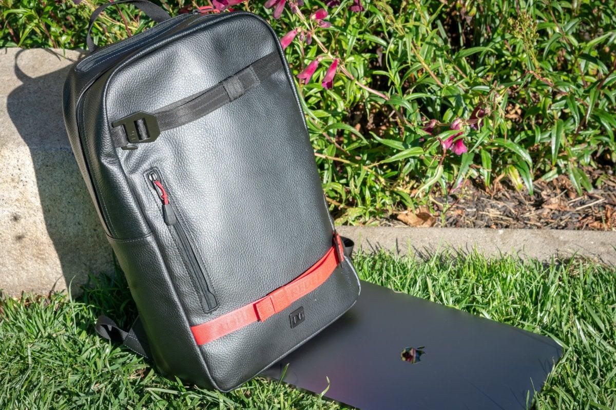 doucheback scholar backpack sunlight