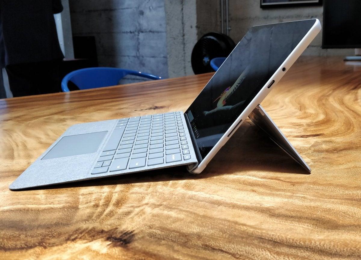 Microsoft's $399, 10-inch Surface Go rethinks the Windows
