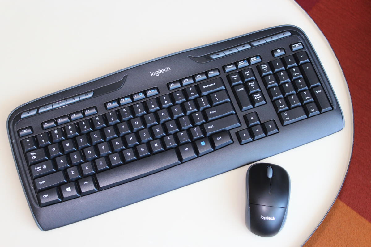logitech mk320 wireless keyboard mouse review a flawed mouse holds this bundle back pcworld. Black Bedroom Furniture Sets. Home Design Ideas