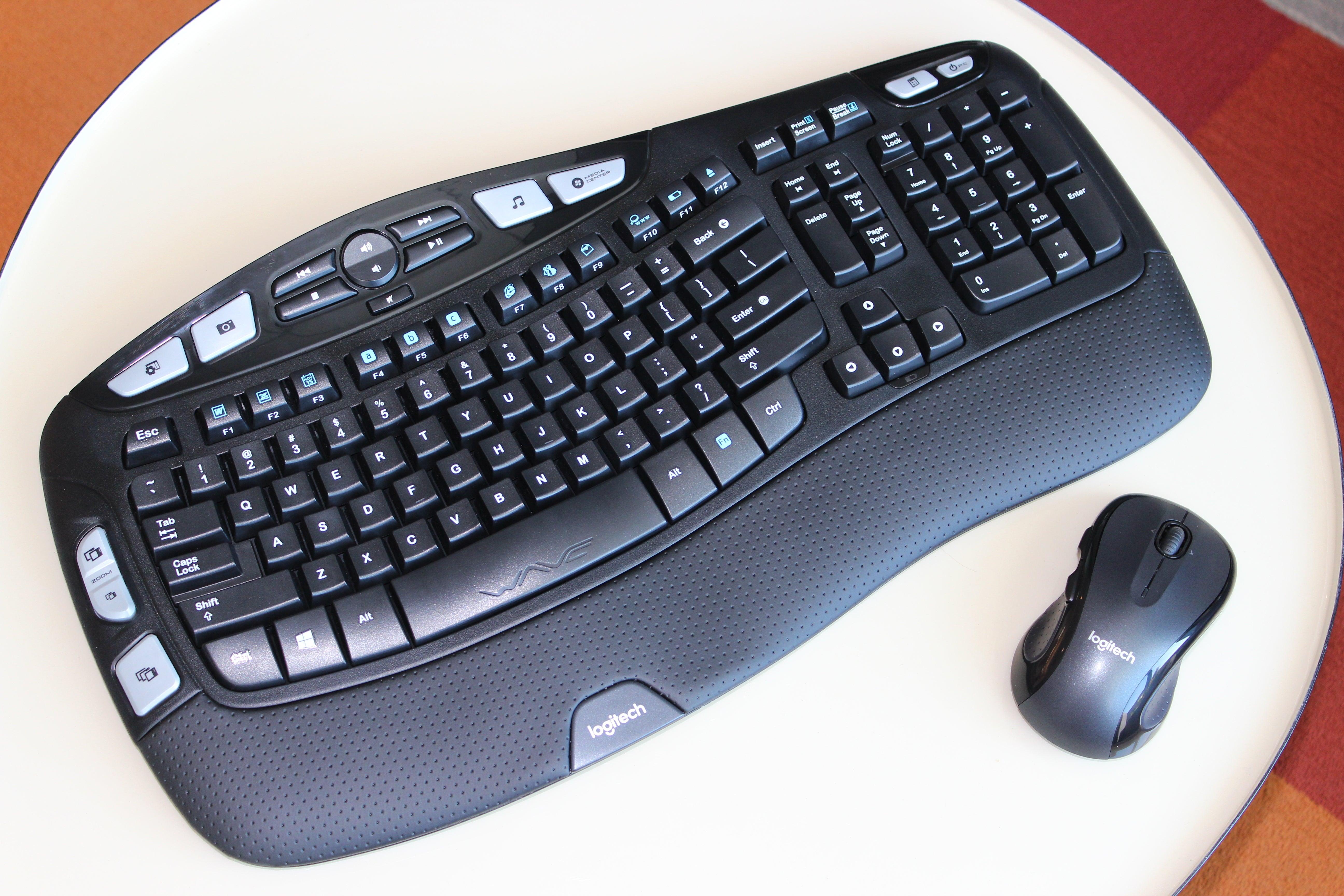 6740119cabb Logitech Wireless Wave Combo MK550 review: This ergonomic keyboard needs  better keys
